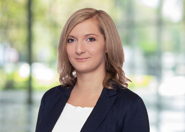 Rita Kovács-Kormos, BUSINESS SERVICES & OUTSOURCING | Company manager